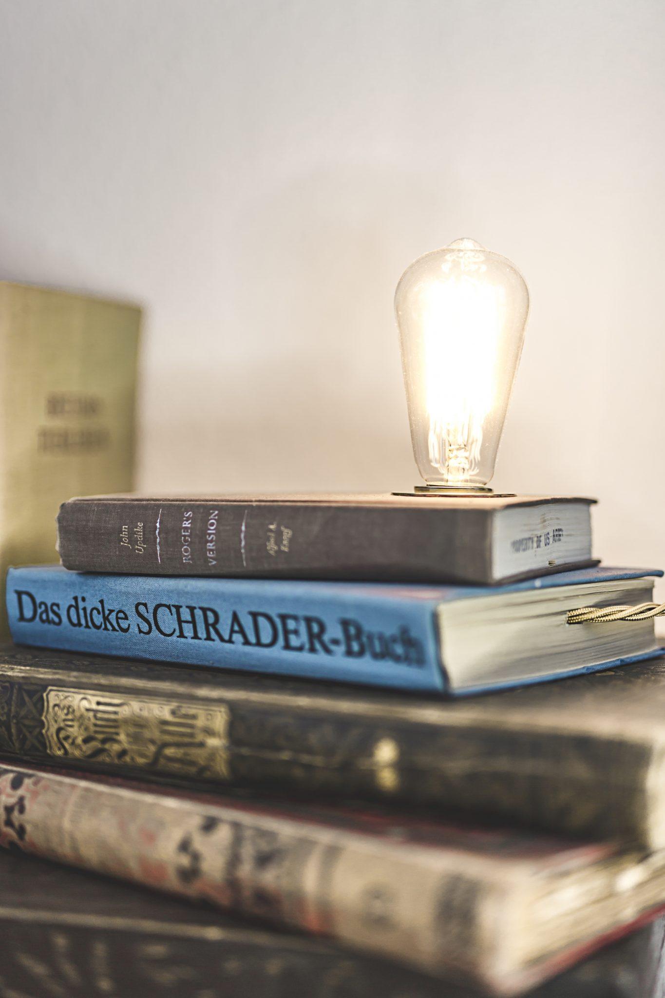 Stehlampen im minimalistischen Style